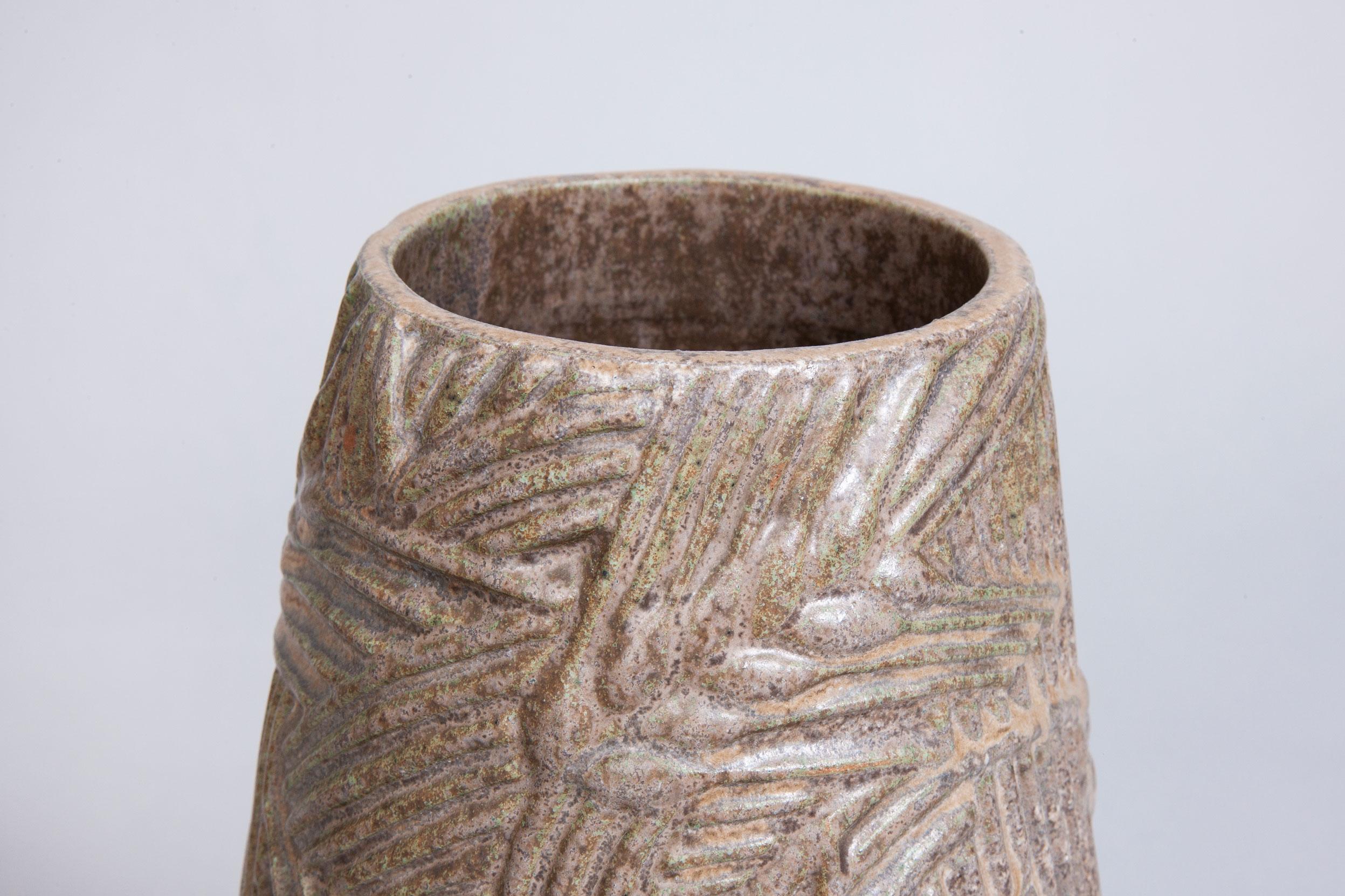 Axel-Salto-stoneware-vase