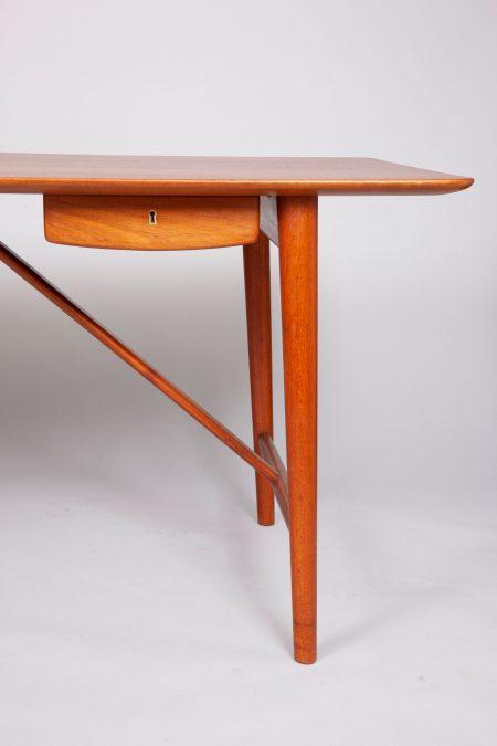 Peter-Hvidt-and-Orla-Molgaard-desk