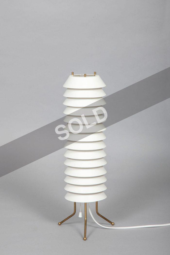 Ilmari Tapiovaara table lamp
